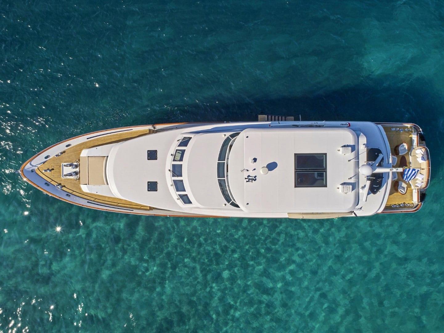 mia-zoi-motor-yacht-aerial