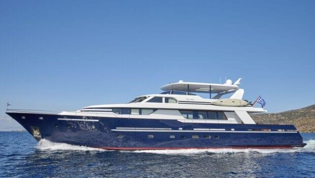 mia-zoi-motor-yacht-exterior