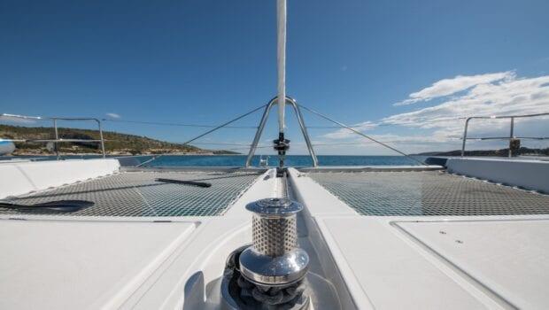 nomad-catamaran-cabins (12)