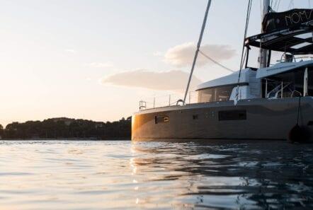 nomad-catamaran-evenings-on-board (2)