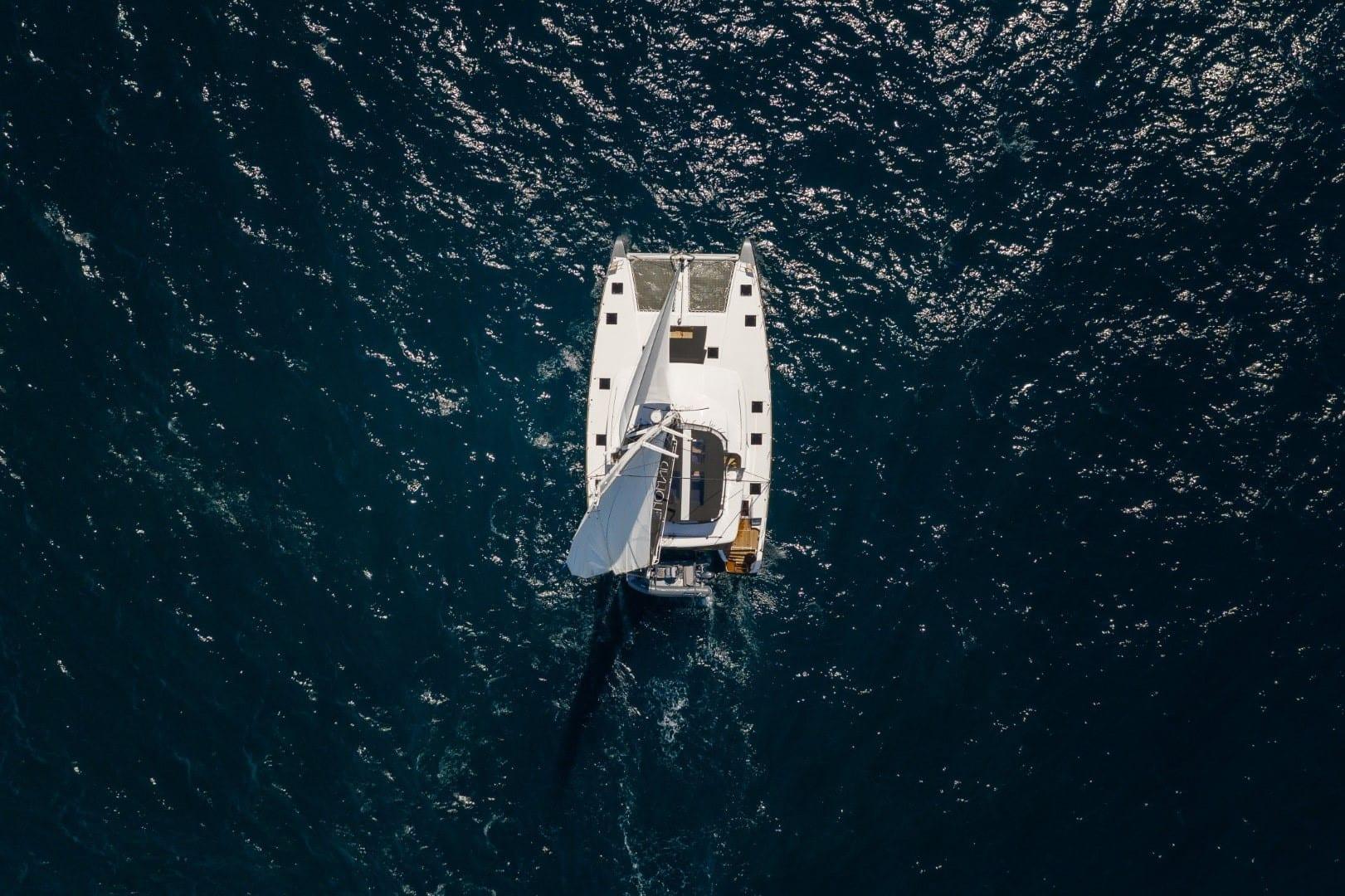 nomad-catamaran-profiles (3)