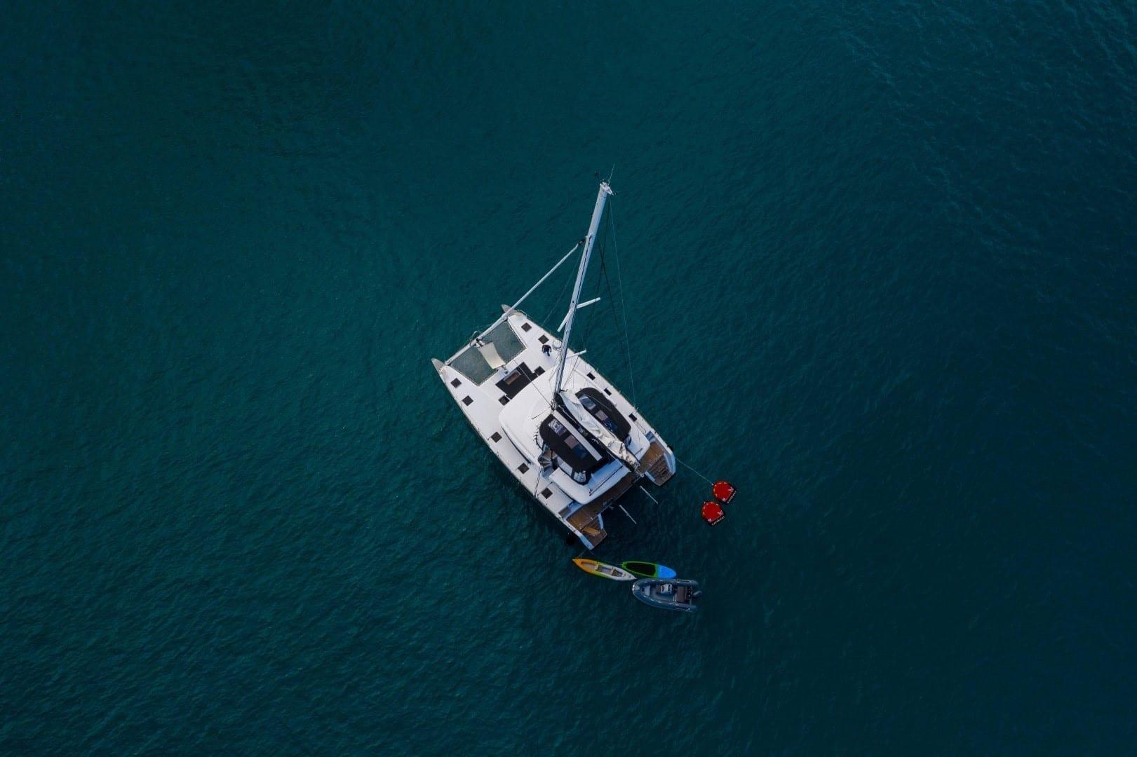 nomad-catamaran-profiles (4)