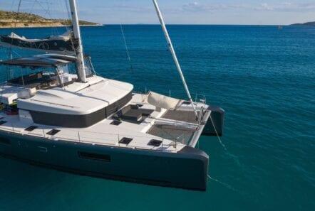 nomad-catamaran-profiles (9)