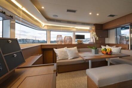 nomad-catamaran-salon (3)