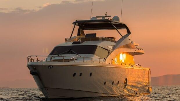 ulisse-motor-yacht-profile (2)-min