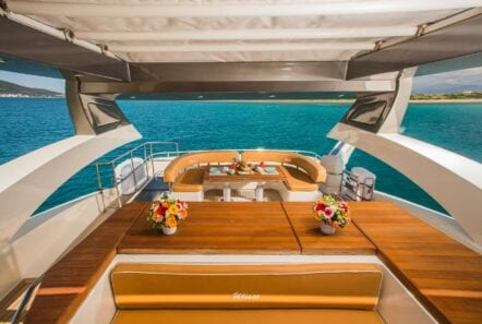 ulisse-motor-yacht-sundeck (2)-min