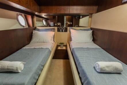 ulisse-motor-yacht-twin-cabin (1)-min