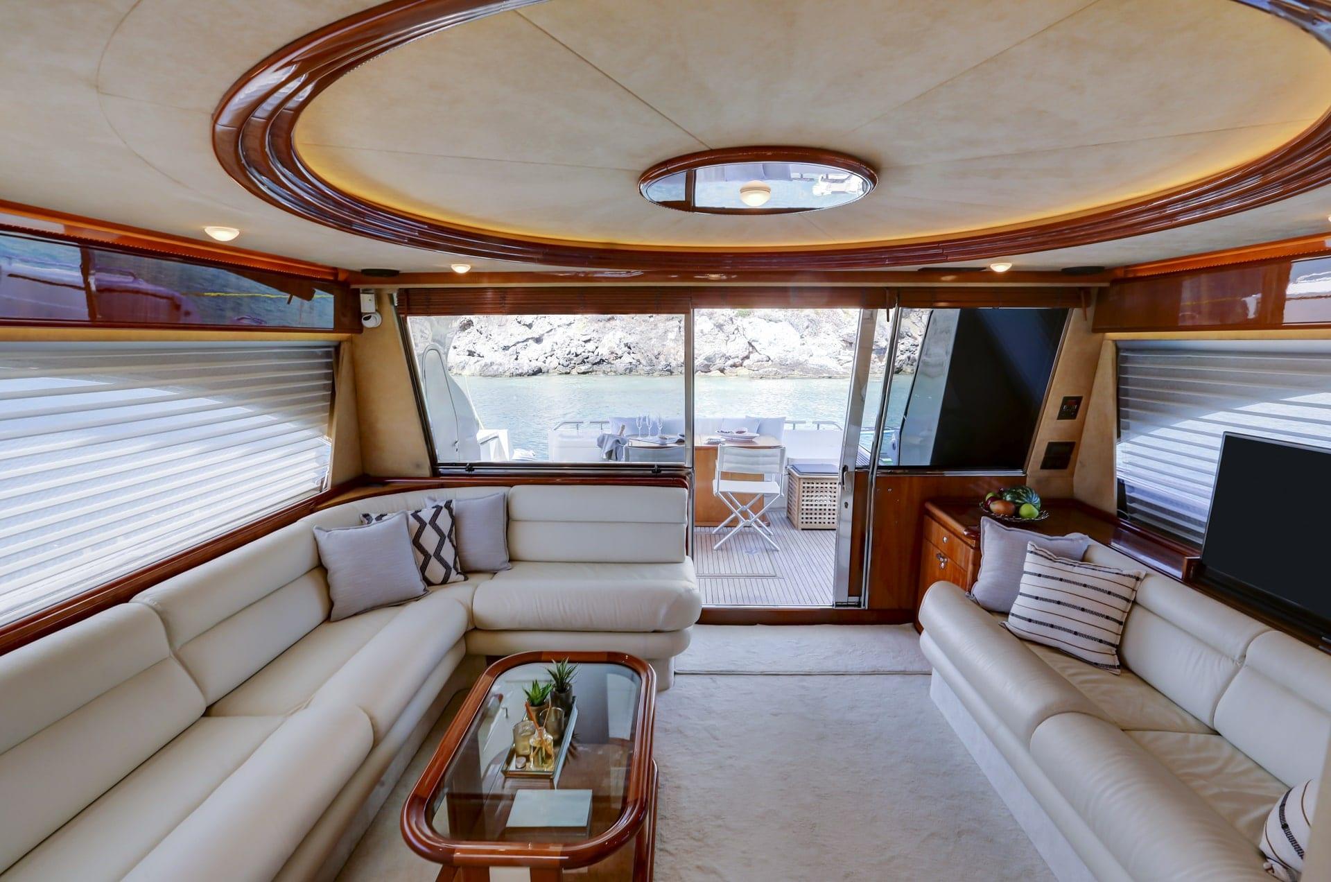 alsium-motor-yacht-salon (2)