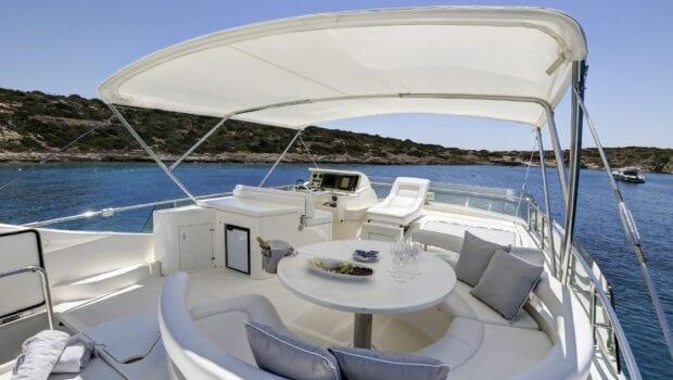 alsium-motor-yacht-sundeck (3)