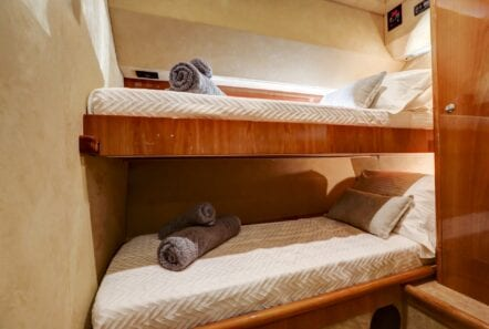 alsium-motor-yacht-twins (1)