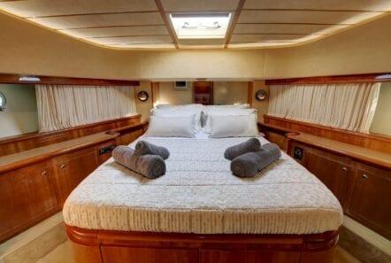 alsium-motor-yacht-vip