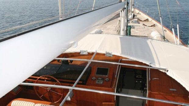 gitana-super-yacht-bow (2)