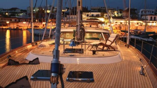 gitana-super-yacht-deck (2)