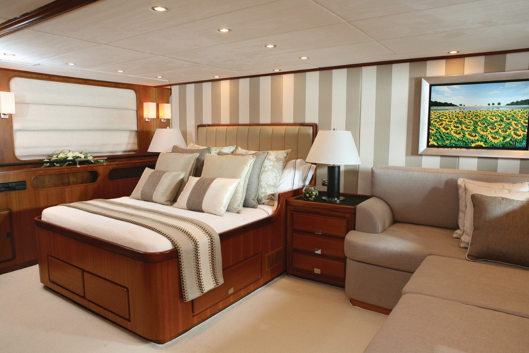 gitana-super-yacht-master
