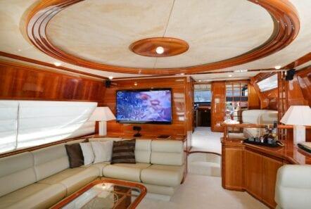 kentavros-motor-yacht-salon (4)-min