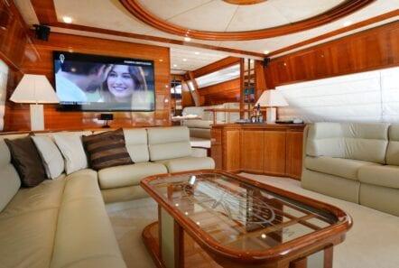 kentavros-motor-yacht-salon (6)-min