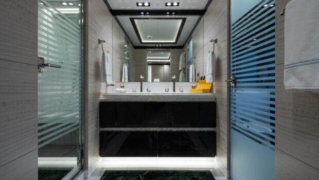 optasia-superyacht-bath (2)-min