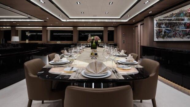 optasia-superyacht-dining (1)-min