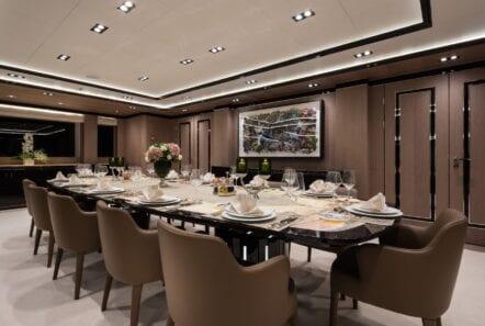 optasia-superyacht-dining (2)-min