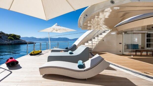 optasia-superyacht-exterior-spaces (1)-min