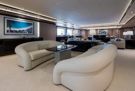 optasia-superyacht-salon (3)-min
