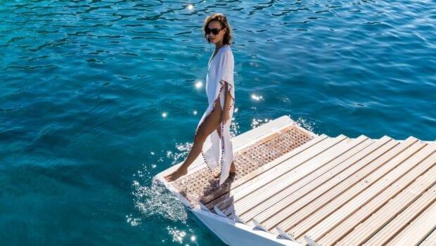 optasia-superyacht-swim-lounge (2)-min