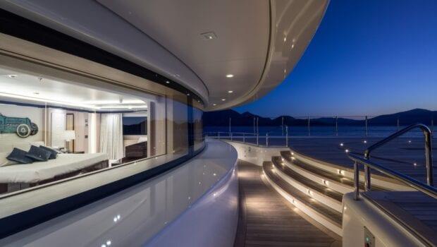 optasia-superyacht-window (3)-min