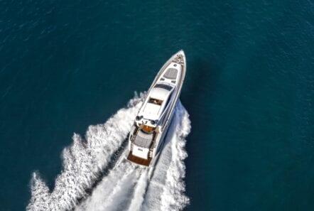 rena-motor-yacht- aerial (1)-min