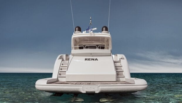 rena-motor-yacht- aft-min