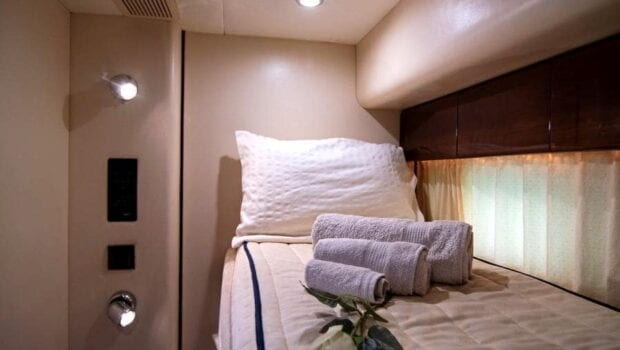 Venali-motor-yacht-bunks2 (2)-min