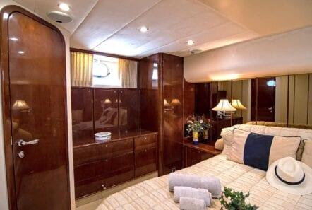 Venali-motor-yacht-master (1)-min