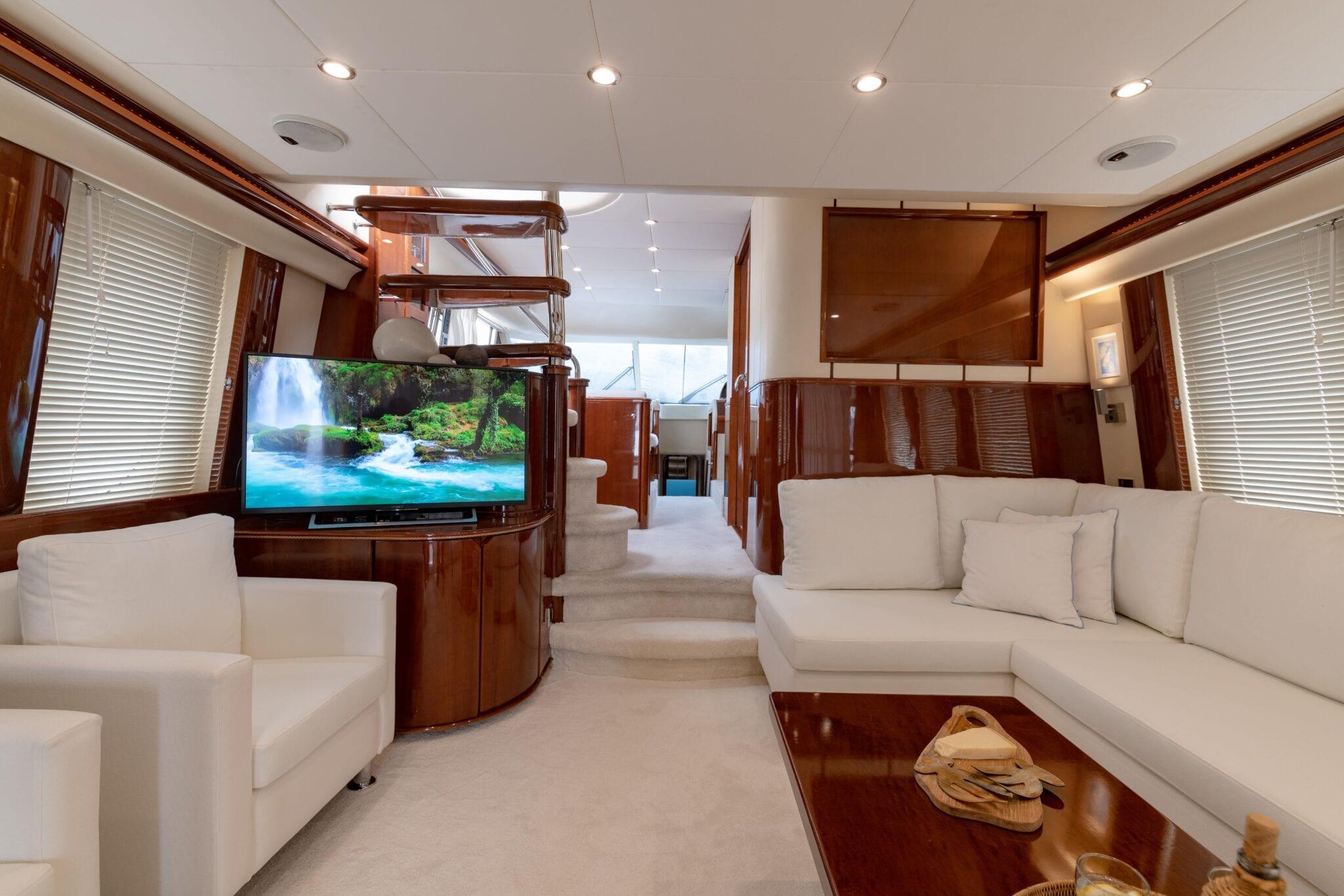Venali-motor-yacht-salon (4)-min
