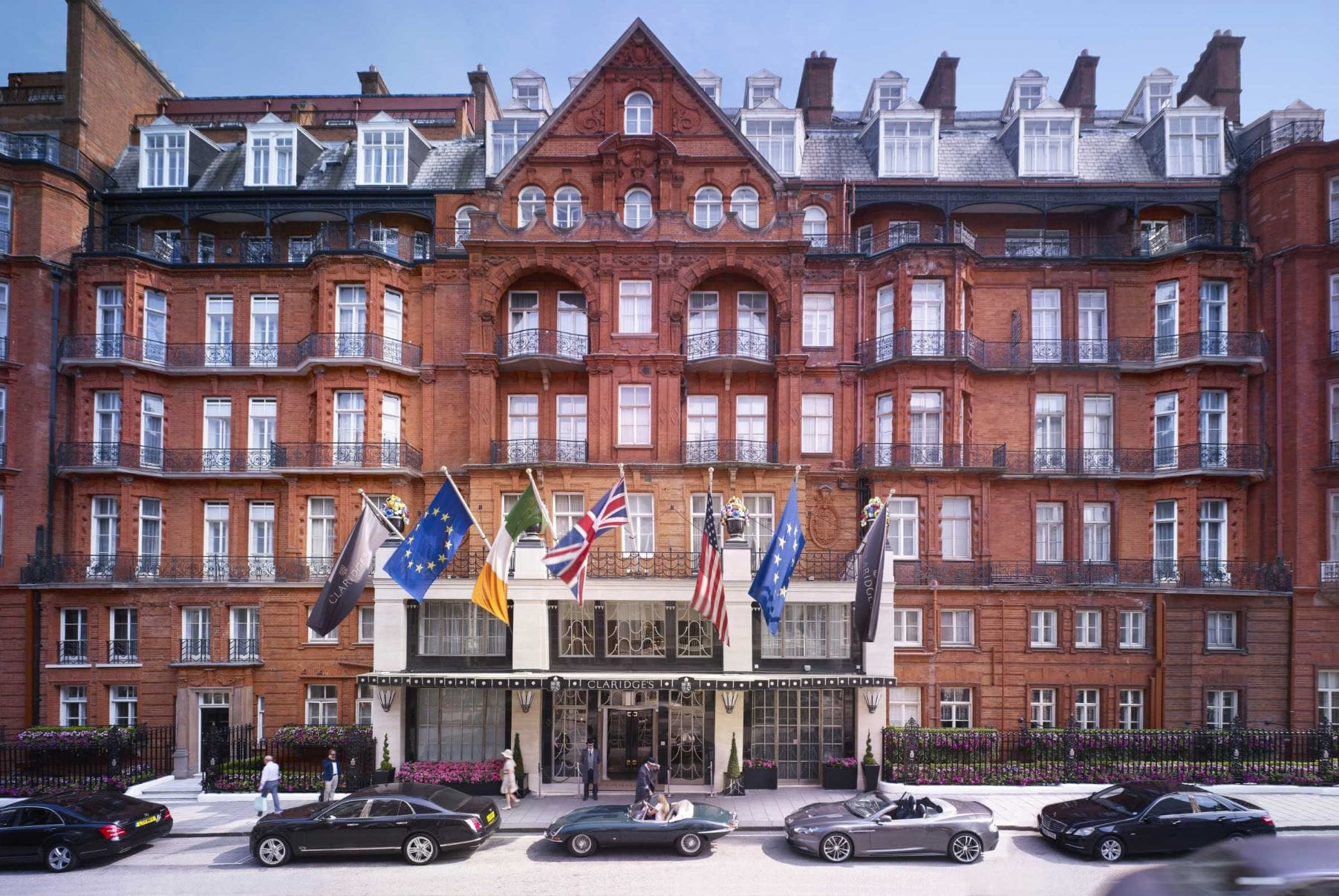 Claridge's London Hotel facade