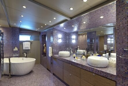 Master bath of Daloli