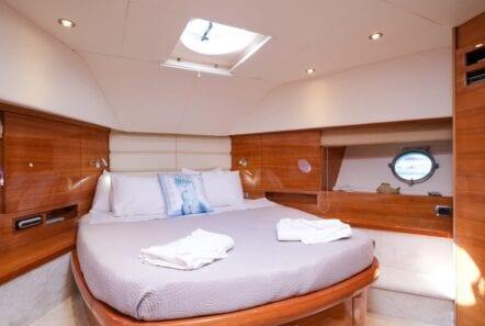 noe-motor-yacht-double-min