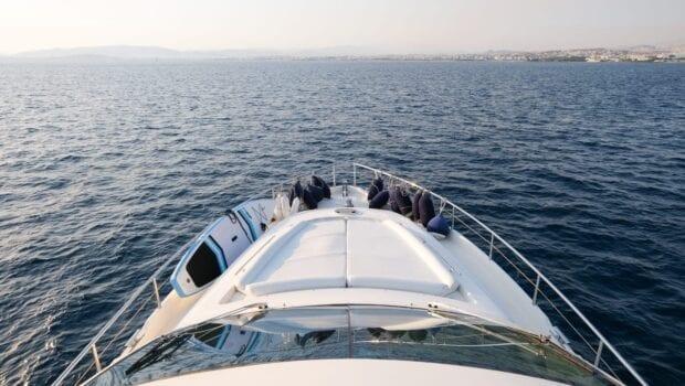 noe-motor-yacht-fore (2)-min