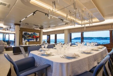moka megayacht dining