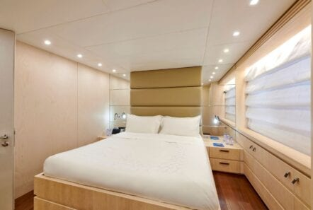 white knight yacht double