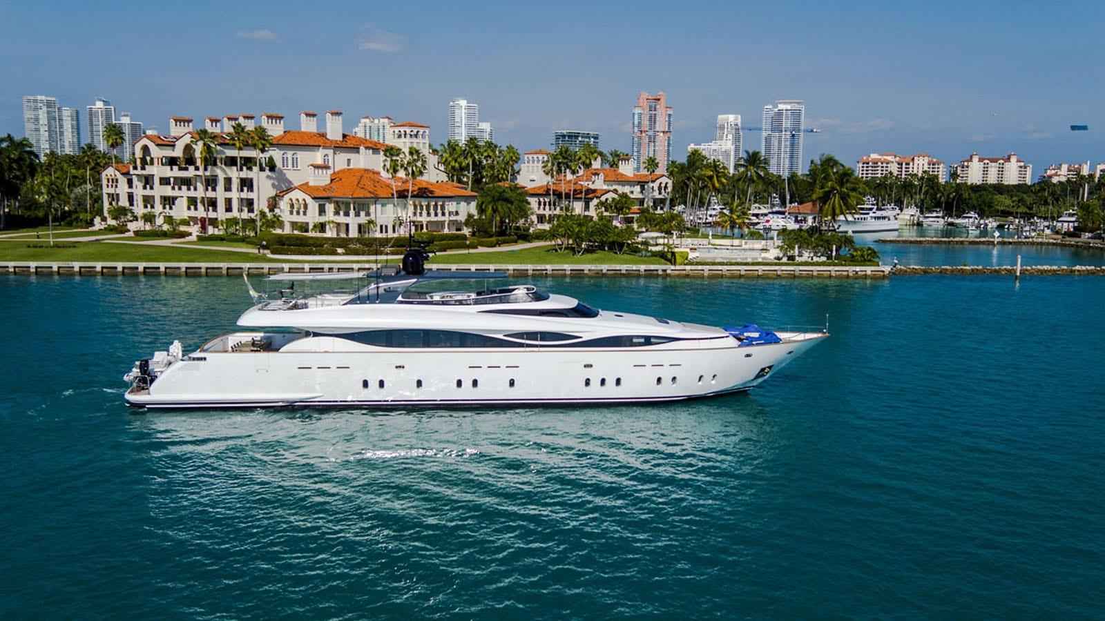 white knight yacht profile