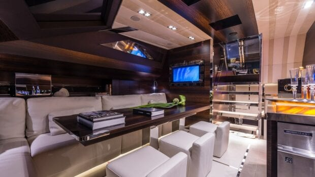 Gigreca Sailing Yacht Interior (3) - Valef Yachts Chartering
