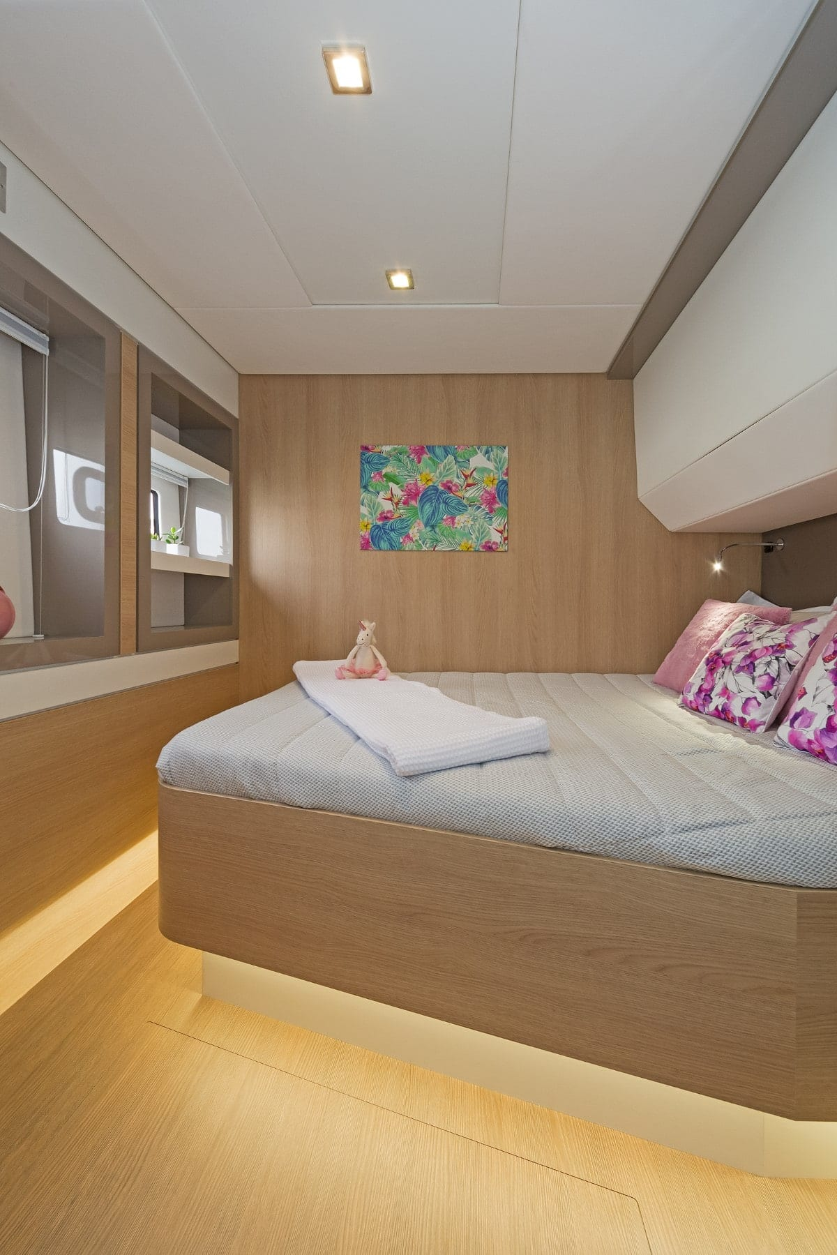 babalu catamaran cabins (2) - Valef Yachts Chartering