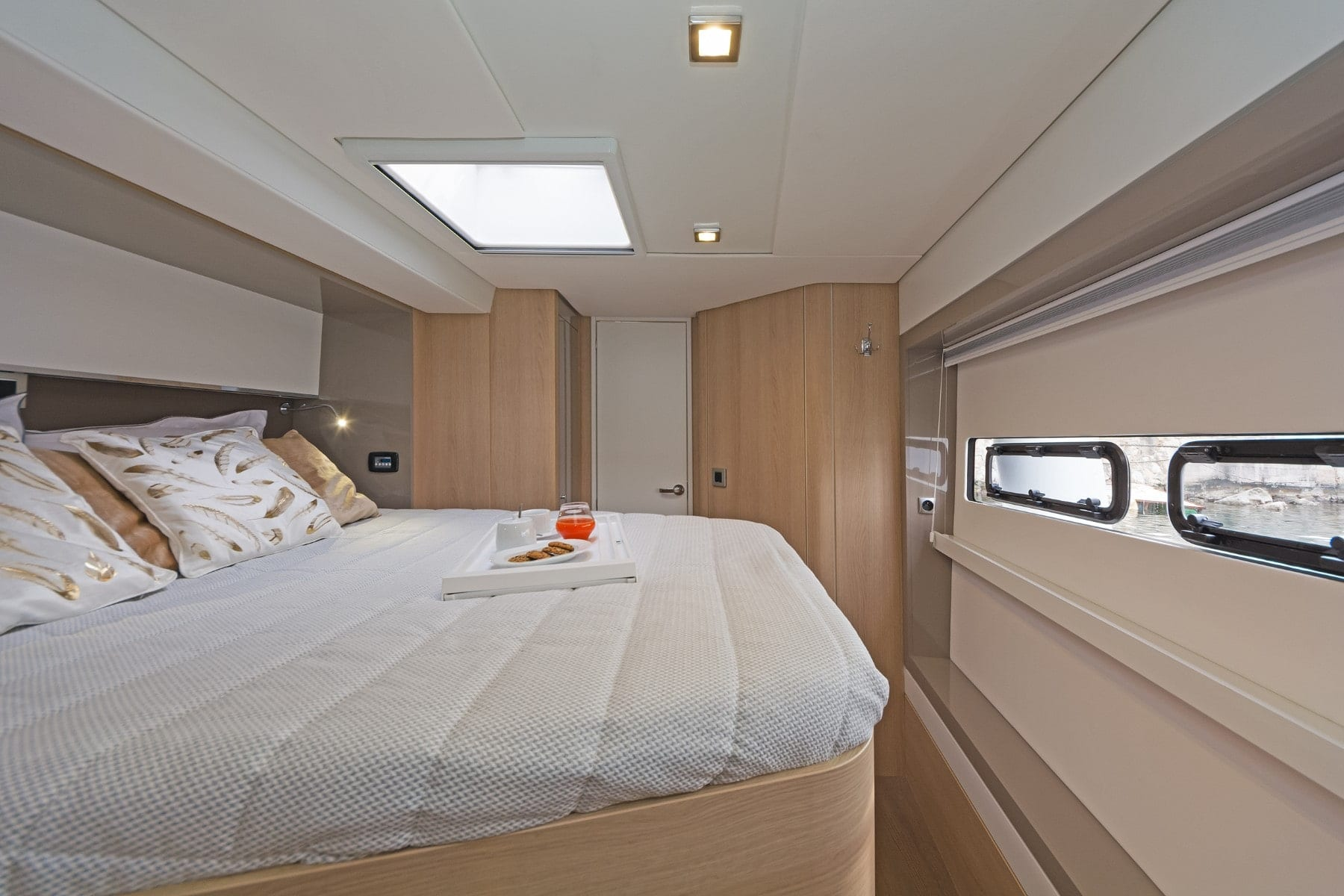 babalu catamaran cabins (4) - Valef Yachts Chartering
