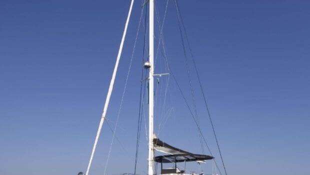 boom lagoon catamaran exterior (6) min - Valef Yachts Chartering