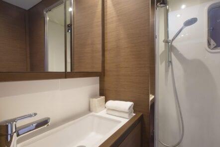 boom lagoon catamaran stairs bath (3) min - Valef Yachts Chartering