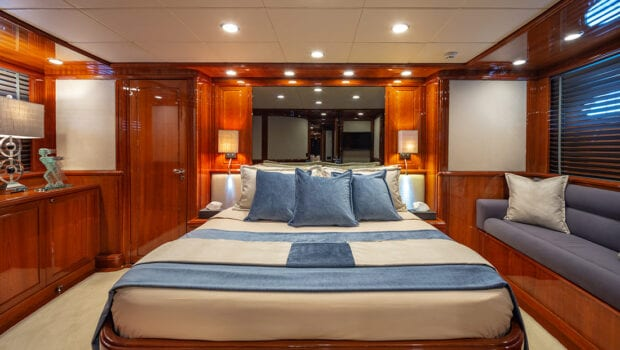 divine motor yacht VIP - Valef Yachts Chartering