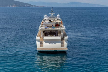 divine motor yacht afloat - Valef Yachts Chartering
