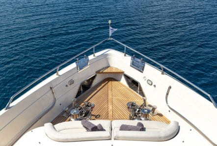 divine motor yacht fore - Valef Yachts Chartering