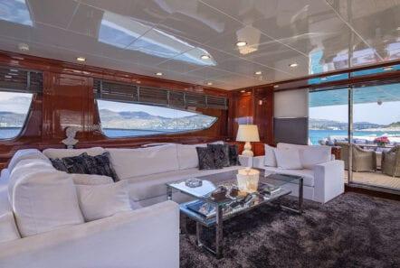 divine motor yacht salon - Valef Yachts Chartering