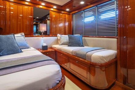 divine motor yacht twin - Valef Yachts Chartering