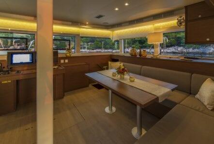 flo catamaran exterior salon (4) - Valef Yachts Chartering